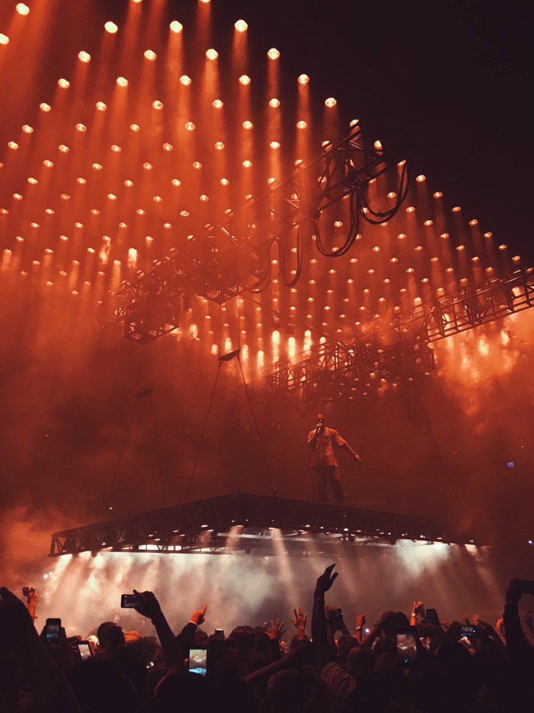 2a4781cd1 Kanye West is back on Twitter